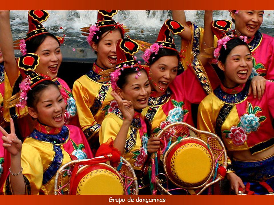 Grupo de dançarinas