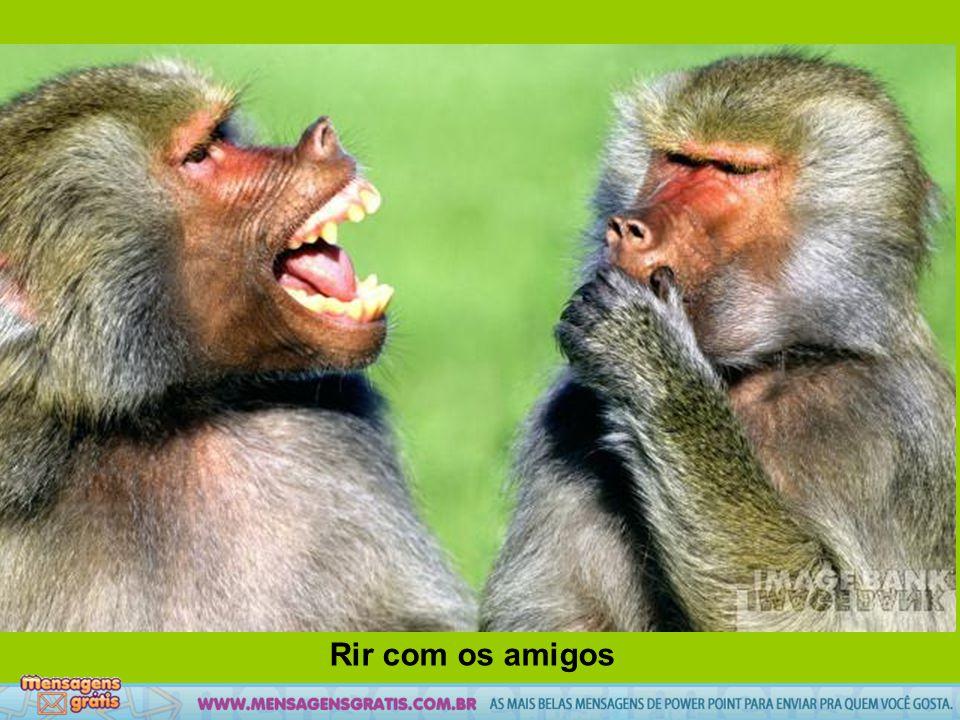 Rir com os amigos