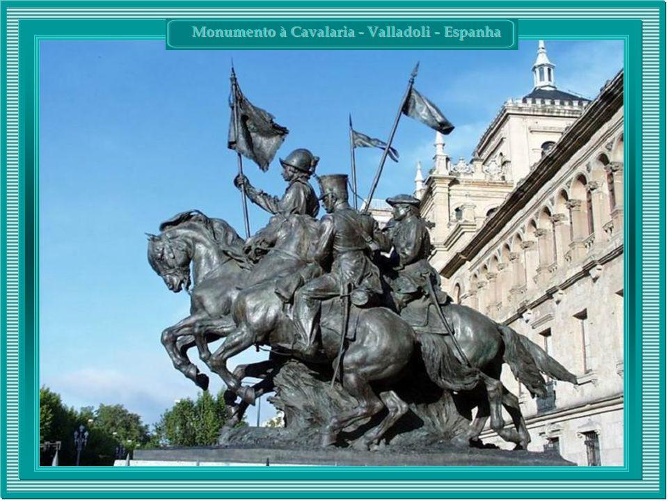 Monumento à Cavalaria - Valladoli - Espanha