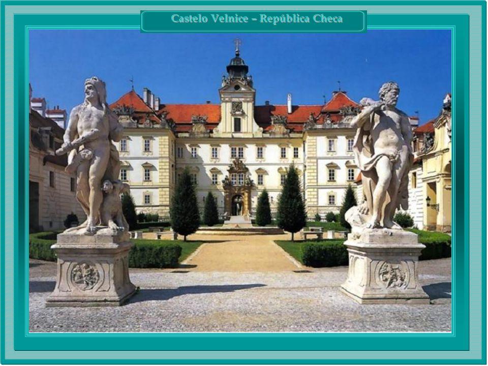 Castelo Velnice – República Checa