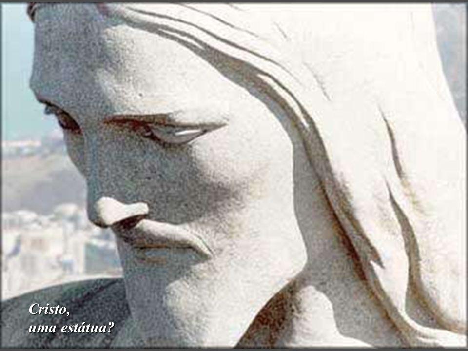 Cristo, uma estátua