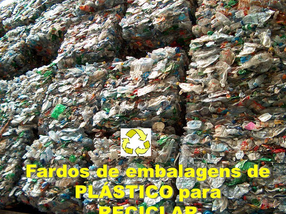 Fardos de embalagens de PLÁSTICO para RECICLAR