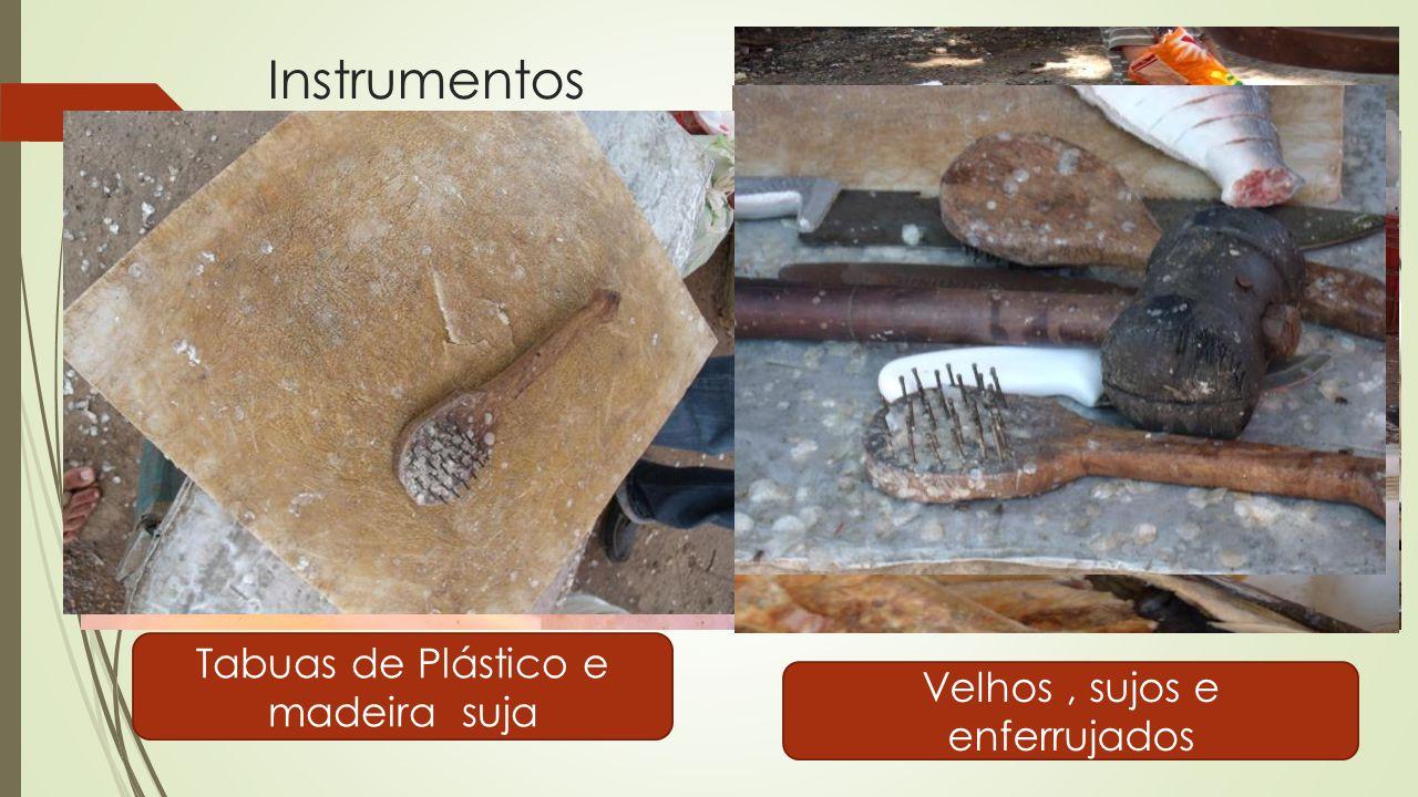 Instrumentos Tabuas de Plástico e madeira suja