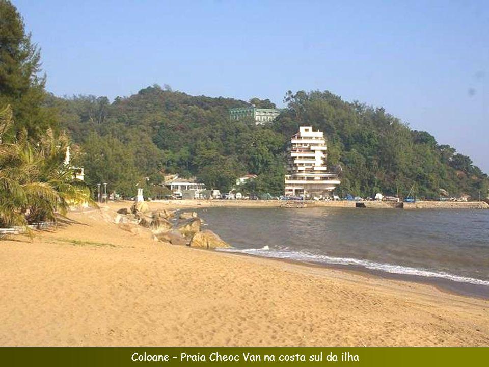 Coloane – Praia Cheoc Van na costa sul da ilha