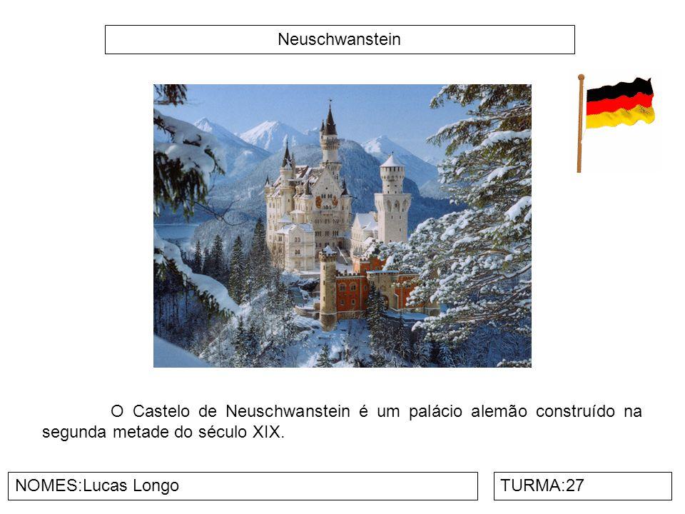 Neuschwanstein O Castelo de Neuschwanstein é um palácio alemão construído na segunda metade do século XIX.