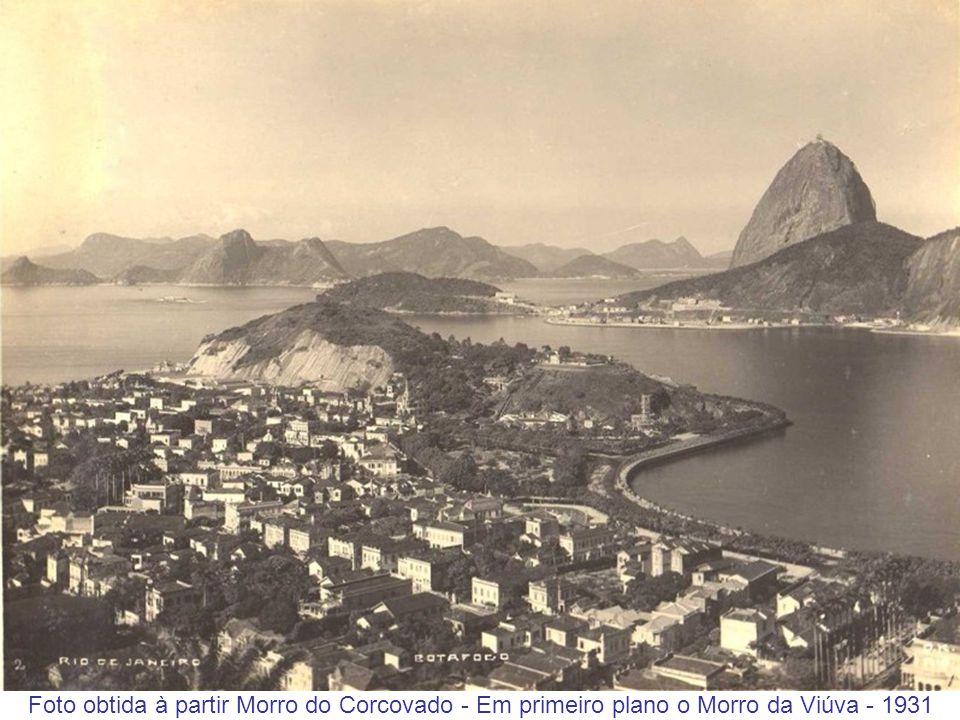 Foto obtida à partir Morro do Corcovado - Em primeiro plano o Morro da Viúva - 1931