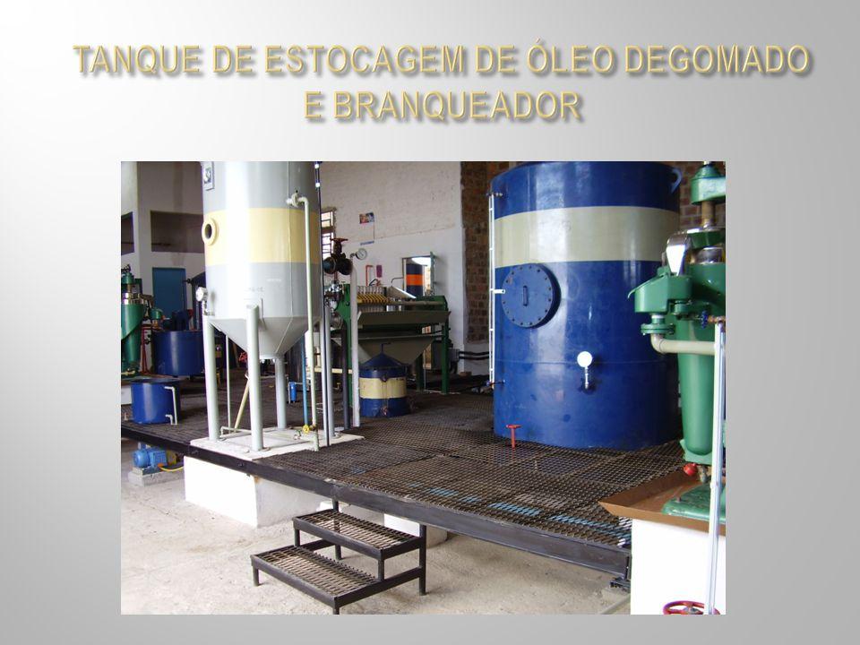 TANQUE DE ESTOCAGEM DE ÓLEO DEGOMADO E BRANQUEADOR