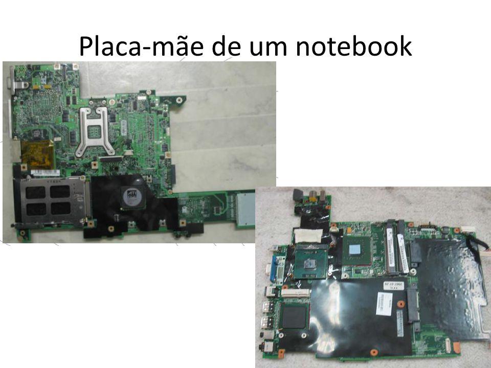 Placa-mãe de um notebook