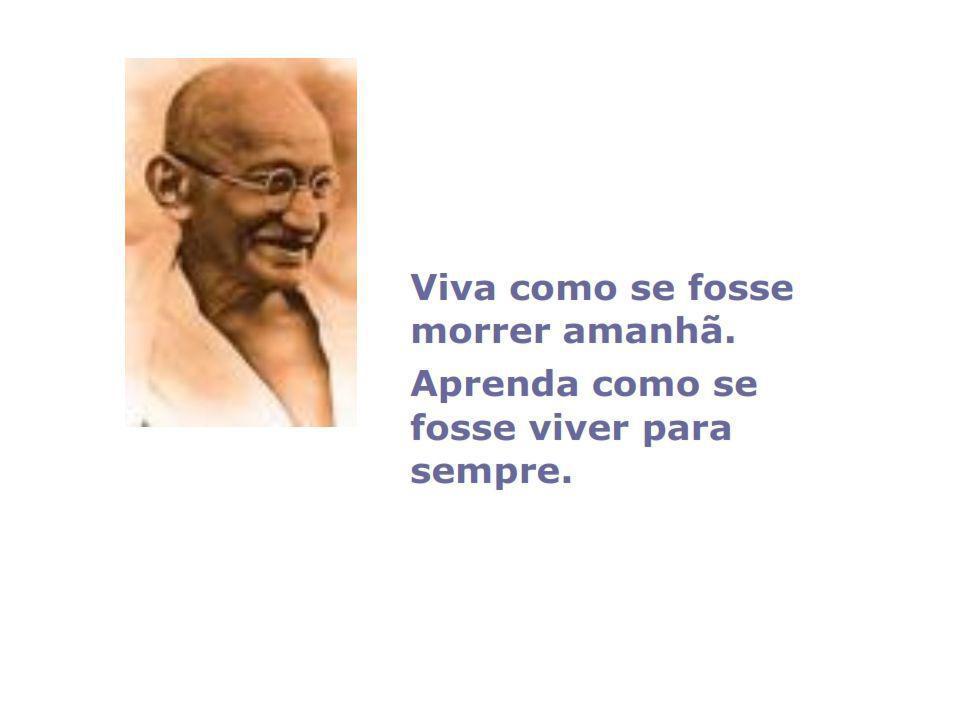 http://pt.wikipedia.org/wiki/Mahatma_Gandhi