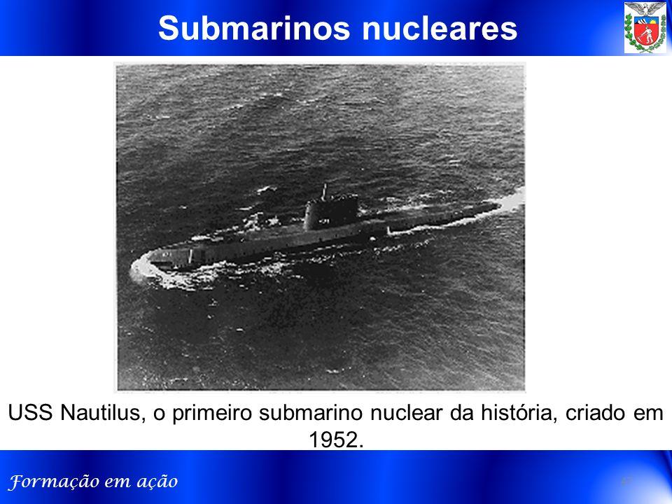 Submarinos nucleares USS Nautilus, o primeiro submarino nuclear da história, criado em 1952.