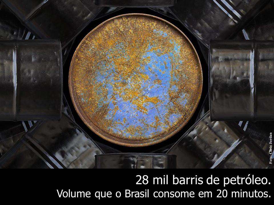 28 mil barris de petróleo. Volume que o Brasil consome em 20 minutos.