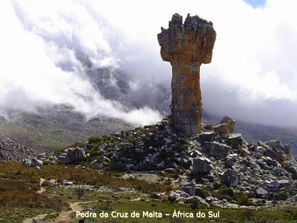 Pedra da Cruz de Malta – África do Sul