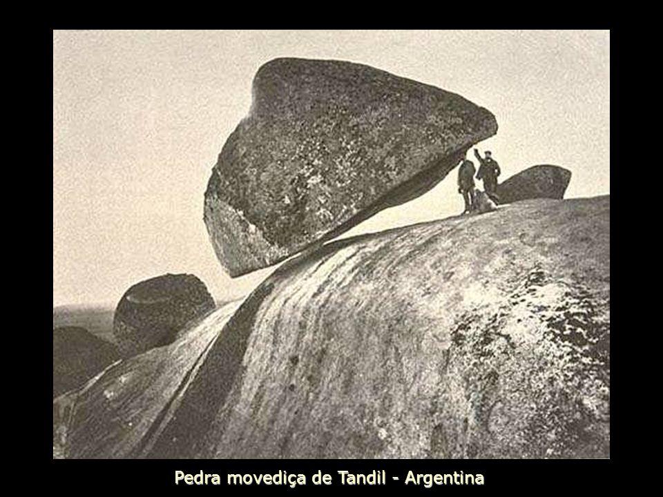 Pedra movediça de Tandil - Argentina