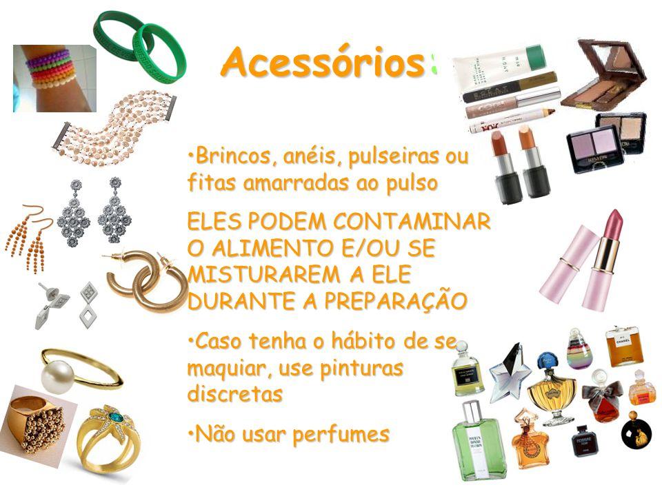 Acessórios: Brincos, anéis, pulseiras ou fitas amarradas ao pulso