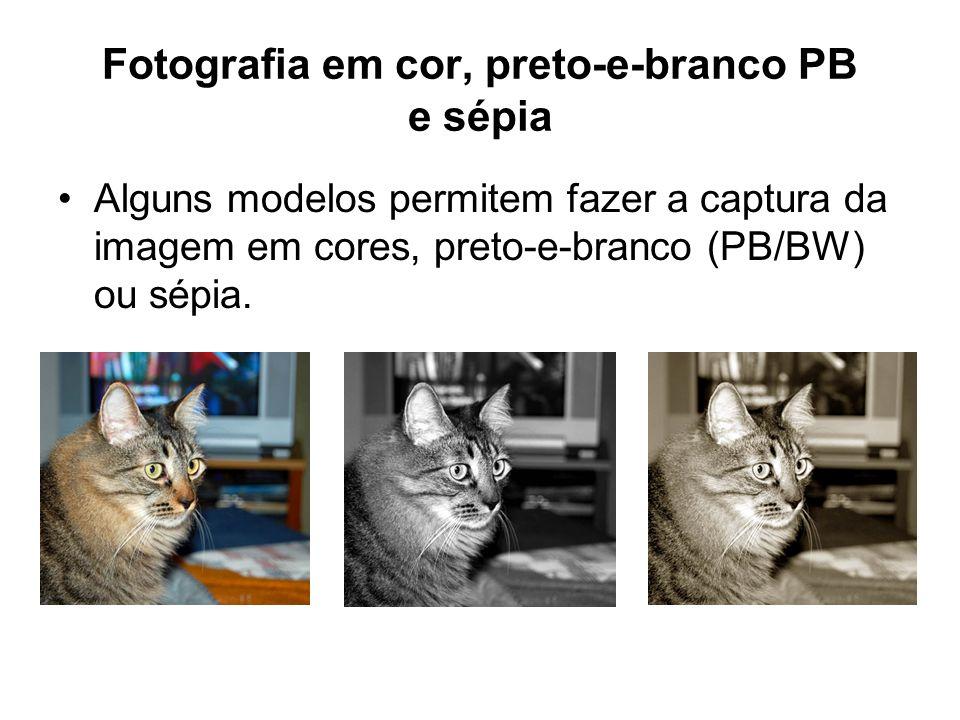 Fotografia em cor, preto-e-branco PB e sépia