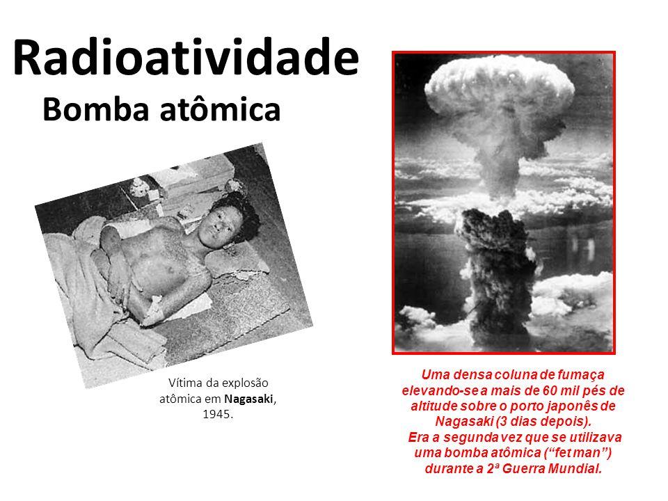 Vítima da explosão atômica em Nagasaki, 1945.