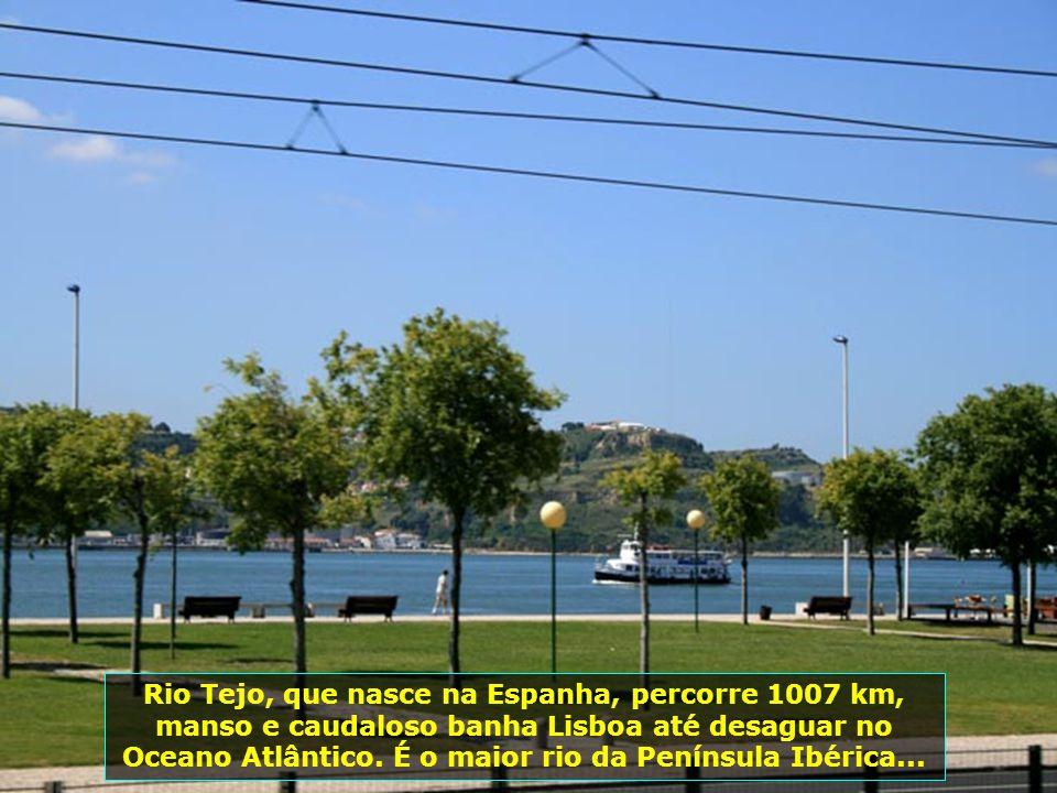 IMG_3290 - PORTUGAL - LISBOA - RIO TEJO-700