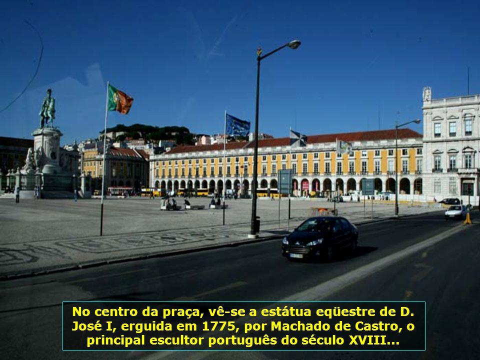 IMG_3186 - PORTUGAL - LISBOA - PRAÇA DO COMÉRCIO-700