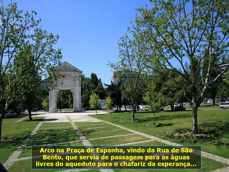 IMG_3389 - PORTUGAL - LISBOA - MONUMENTO DA PRAÇA DE ESPANHA-700