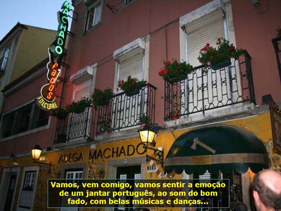 IMG_2733 - PORTUGAL - LISBOA - SHOW DE FADO-700