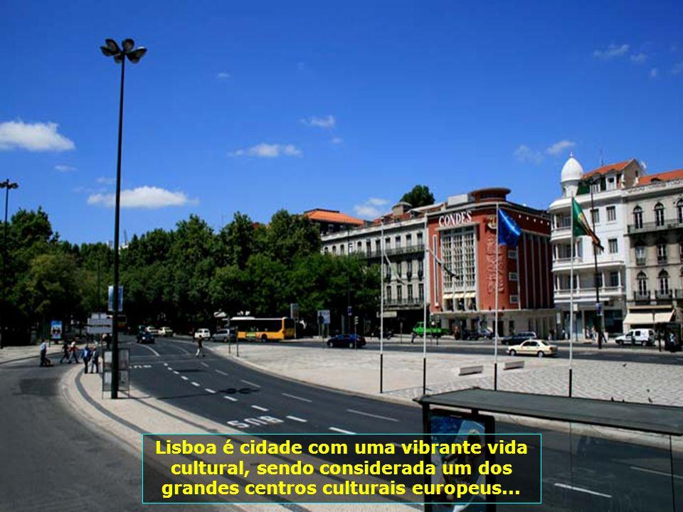 IMG_3425 - PORTUGAL - LISBOA - AVENIDAS-700