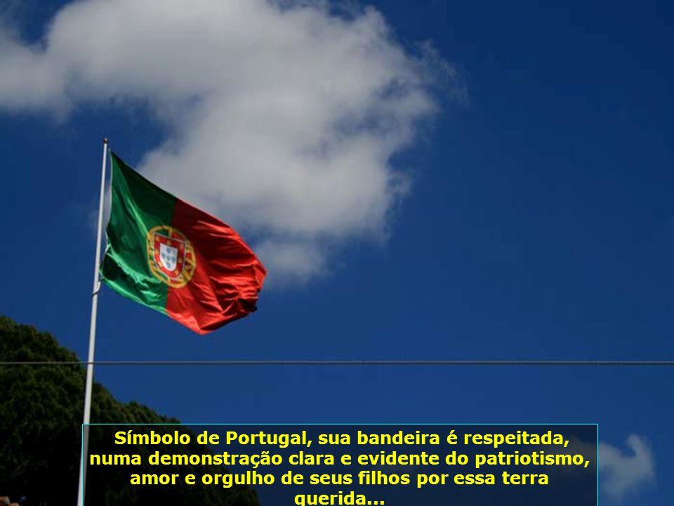 IMG_3442 - PORTUGAL - LISBOA - BANDEIRA-700