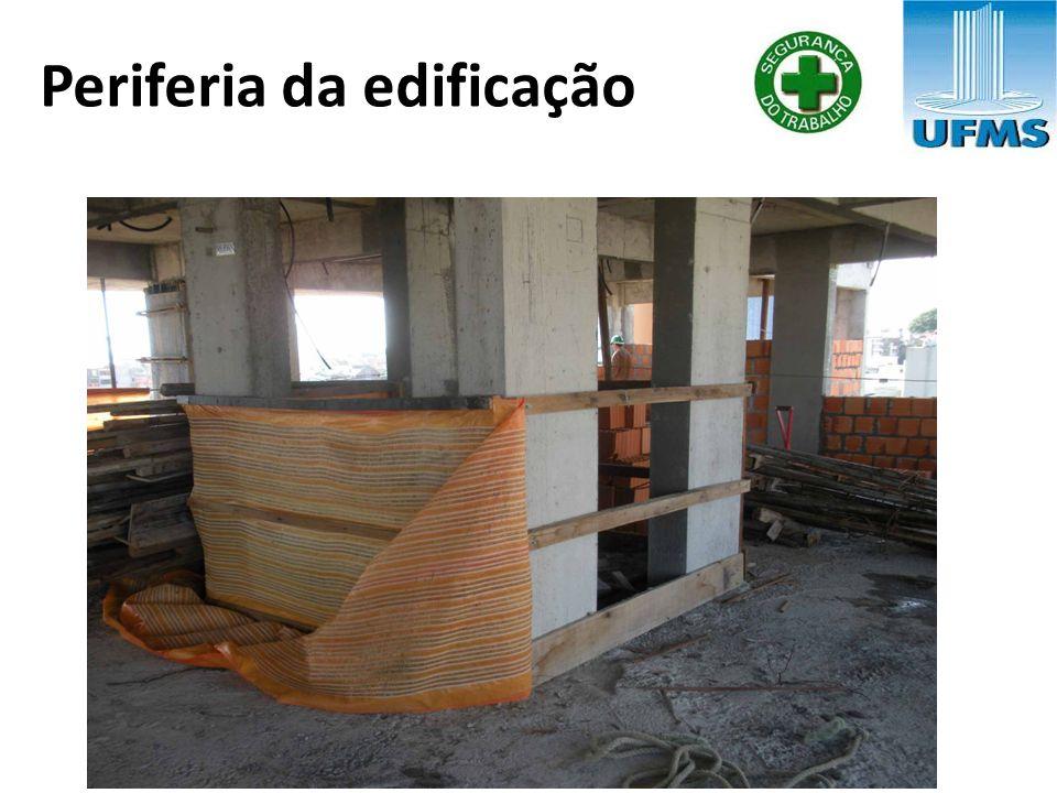 Periferia da edificação