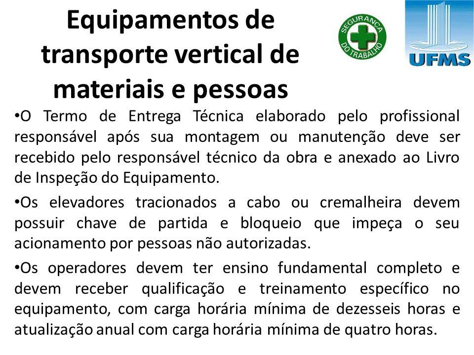 Equipamentos de transporte vertical de materiais e pessoas