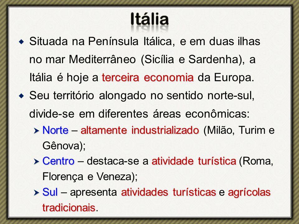 Situada na Península Itálica, e em duas ilhas no mar Mediterrâneo (Sicília e Sardenha), a Itália é hoje a terceira economia da Europa.