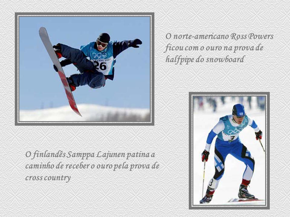 O norte-americano Ross Powers ficou com o ouro na prova de halfpipe do snowboard