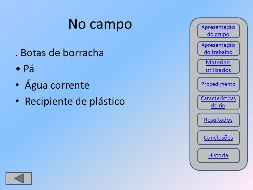 No campo . Botas de borracha • Pá Água corrente Recipiente de plástico