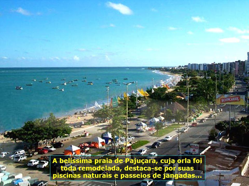 P0000852-Vista da Praia de Pajuçara em Maceió