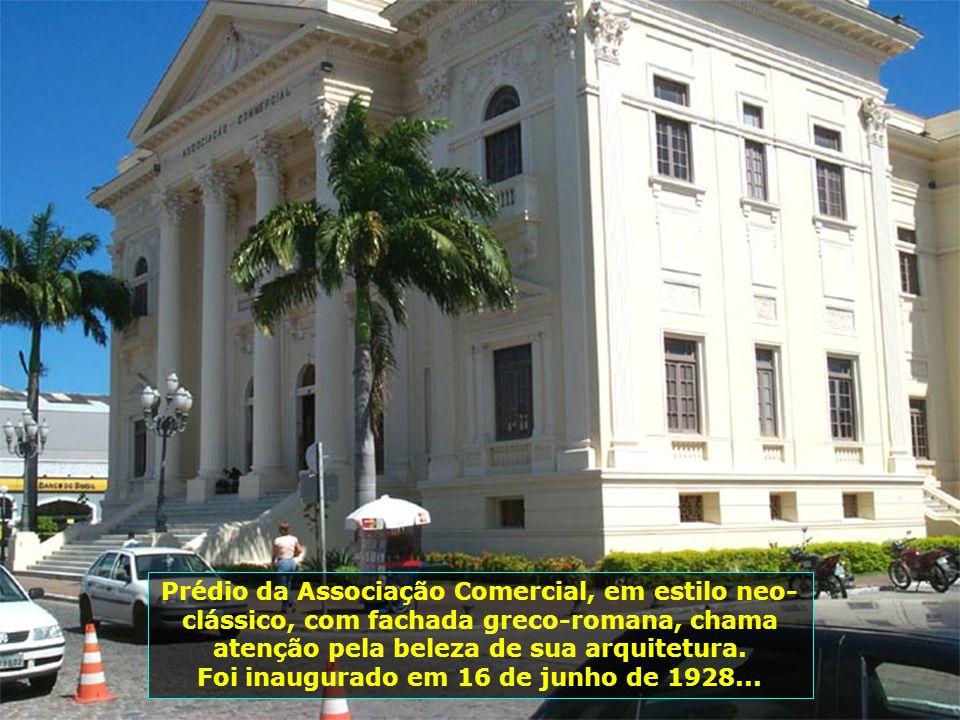 Foi inaugurado em 16 de junho de 1928...