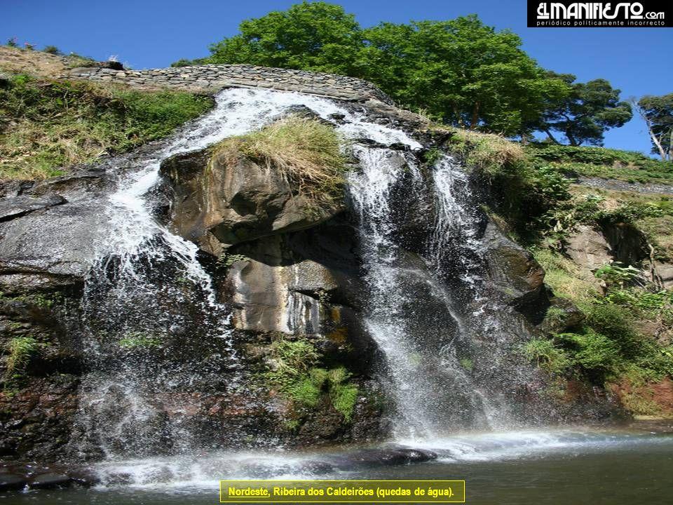 Nordeste, Ribeira dos Caldeirões (quedas de água).