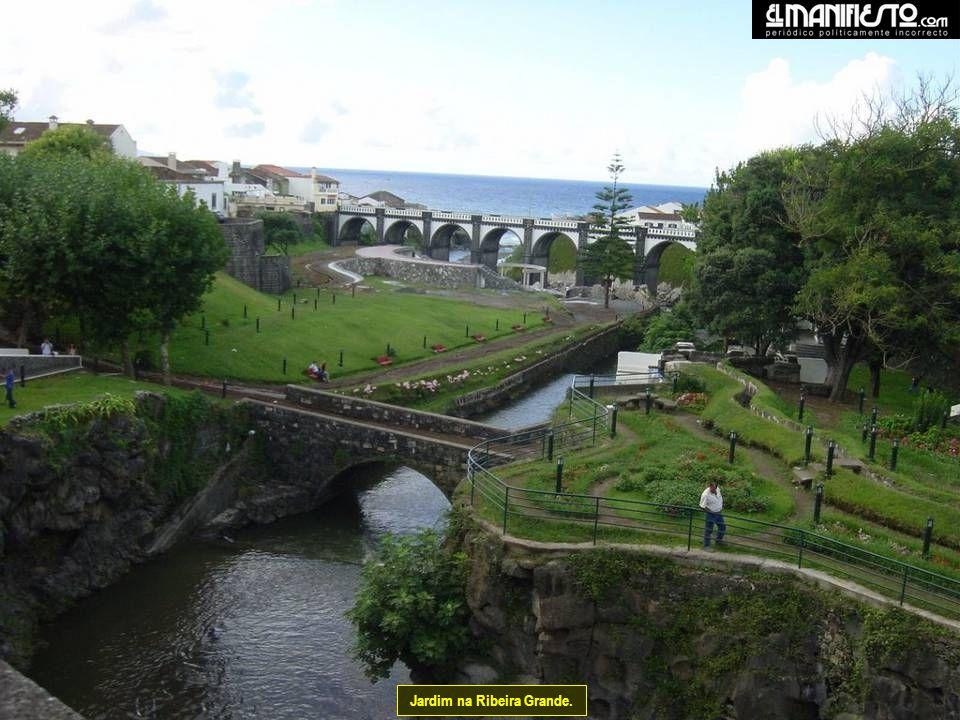 Jardim na Ribeira Grande.