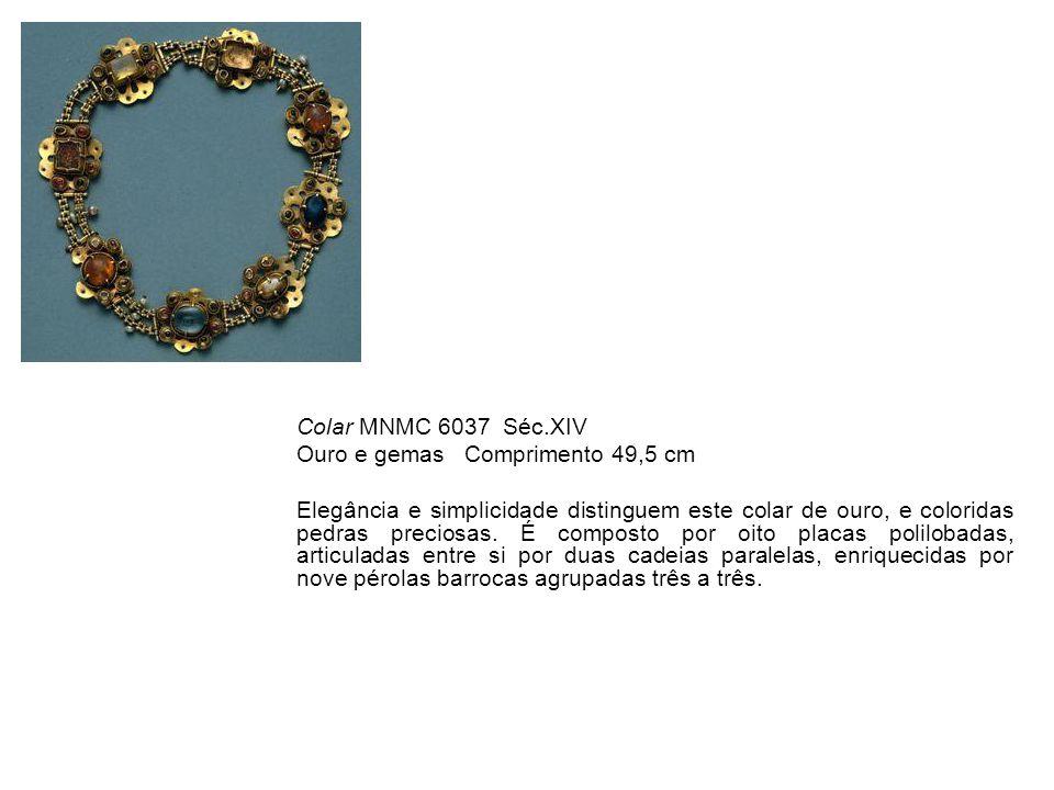 Colar MNMC 6037 Séc.XIV Ouro e gemas Comprimento 49,5 cm.