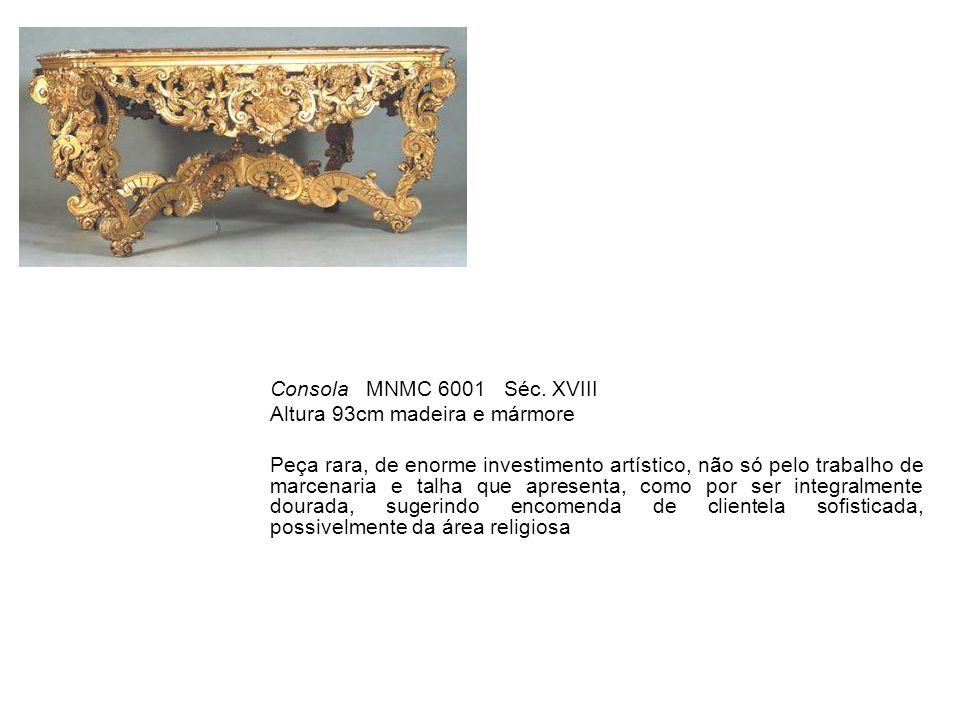 Consola MNMC 6001 Séc. XVIII Altura 93cm madeira e mármore.