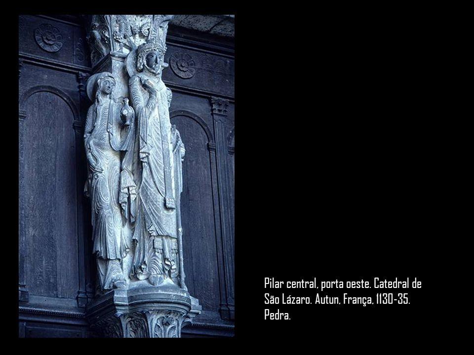 Pilar central, porta oeste. Catedral de São Lázaro