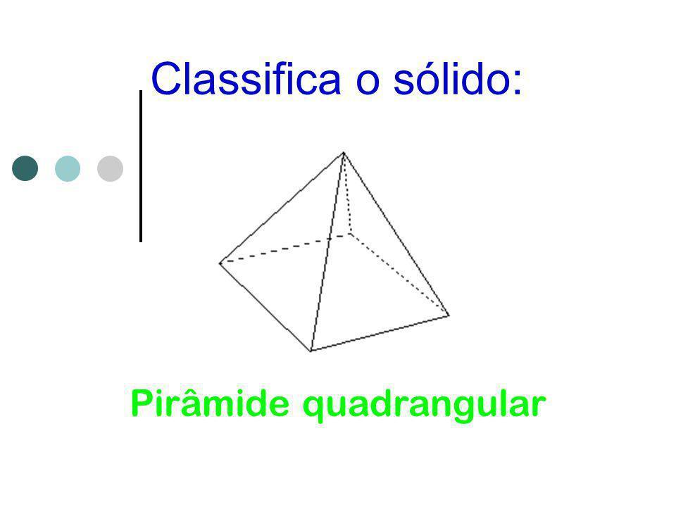 Pirâmide quadrangular