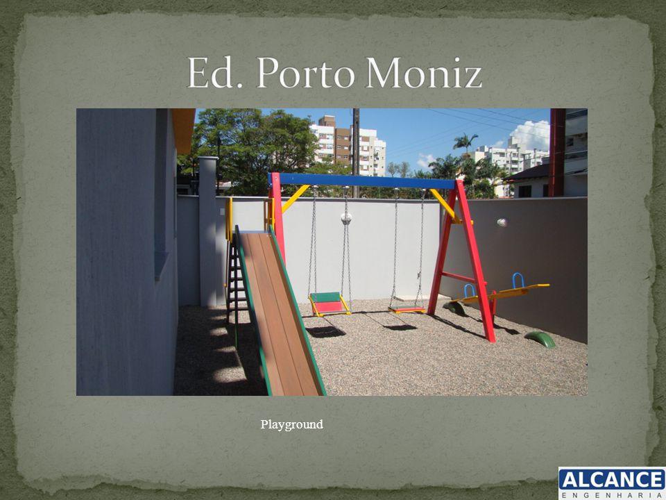 Ed. Porto Moniz Playground