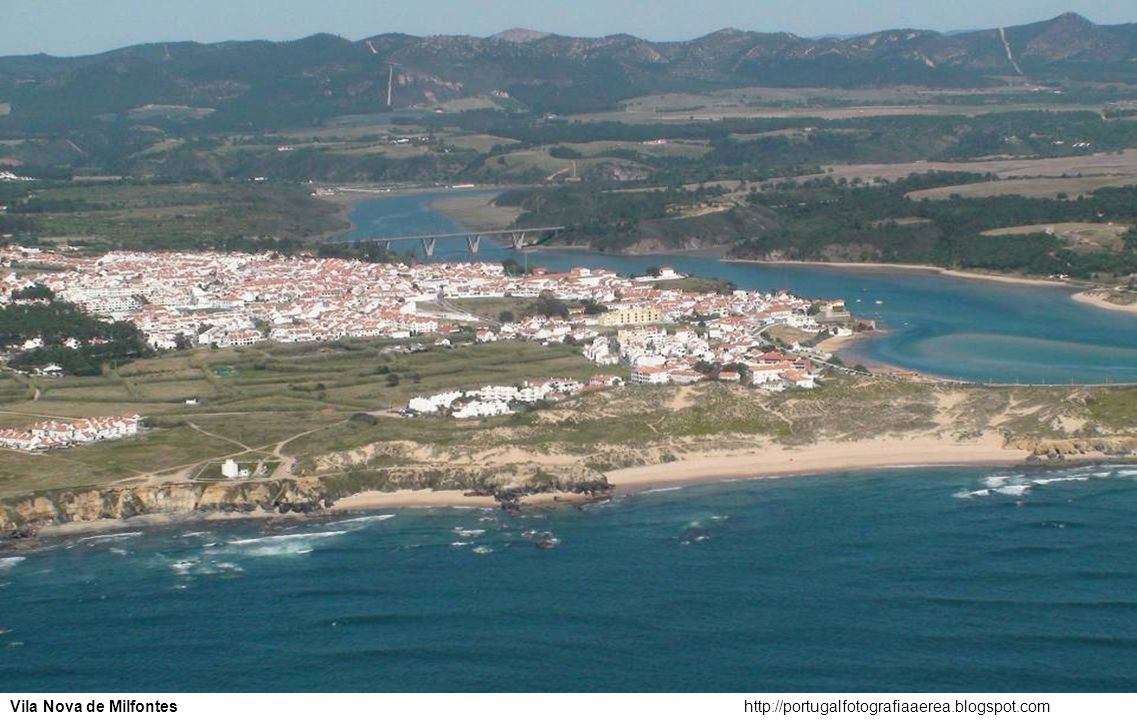 Vila Nova de Milfontes http://portugalfotografiaaerea.blogspot.com