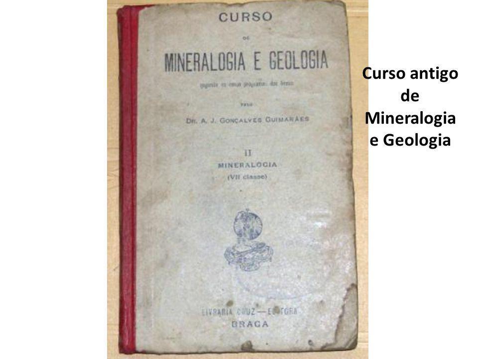 Curso antigo de Mineralogia e Geologia