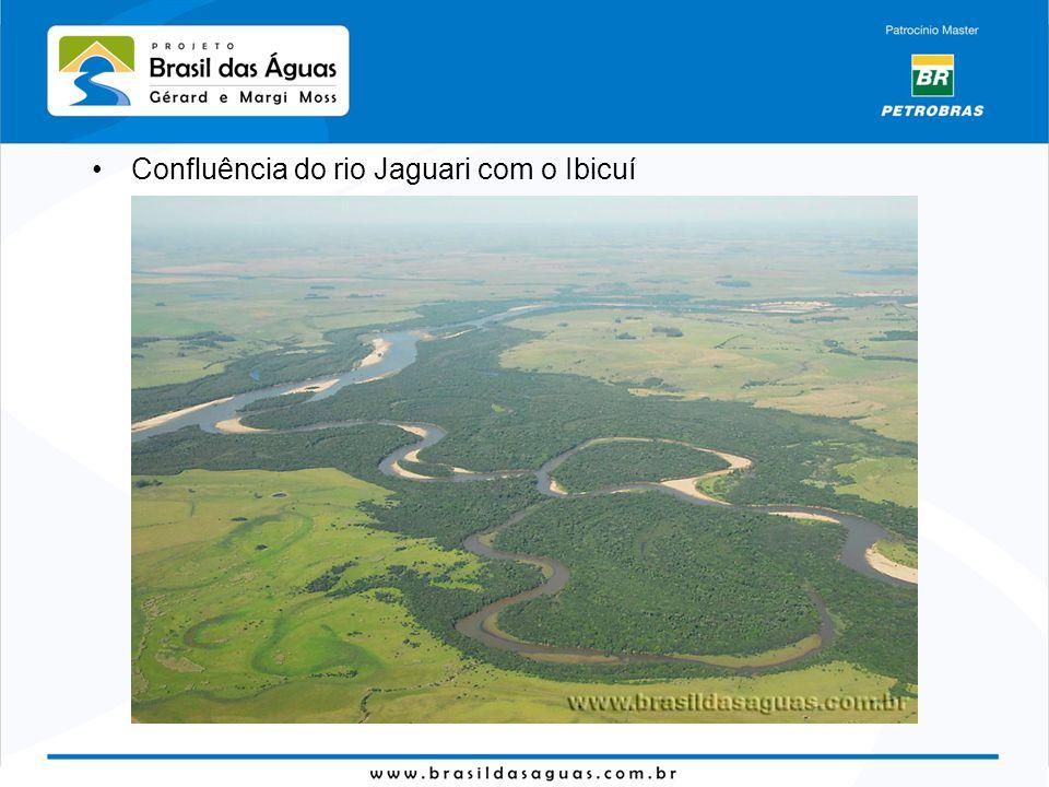 Confluência do rio Jaguari com o Ibicuí