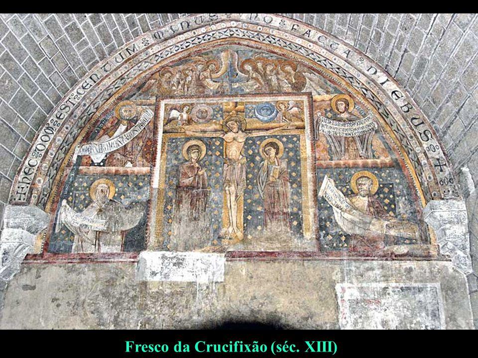 Fresco da Crucifixão (séc. XIII)
