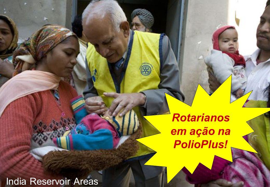 Rotarianos em ação na PolioPlus!