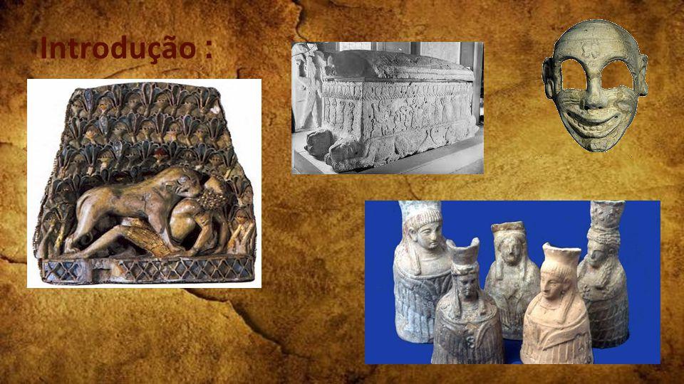 Fenicíos - Pertecentes ao ramo dos Cananeus;