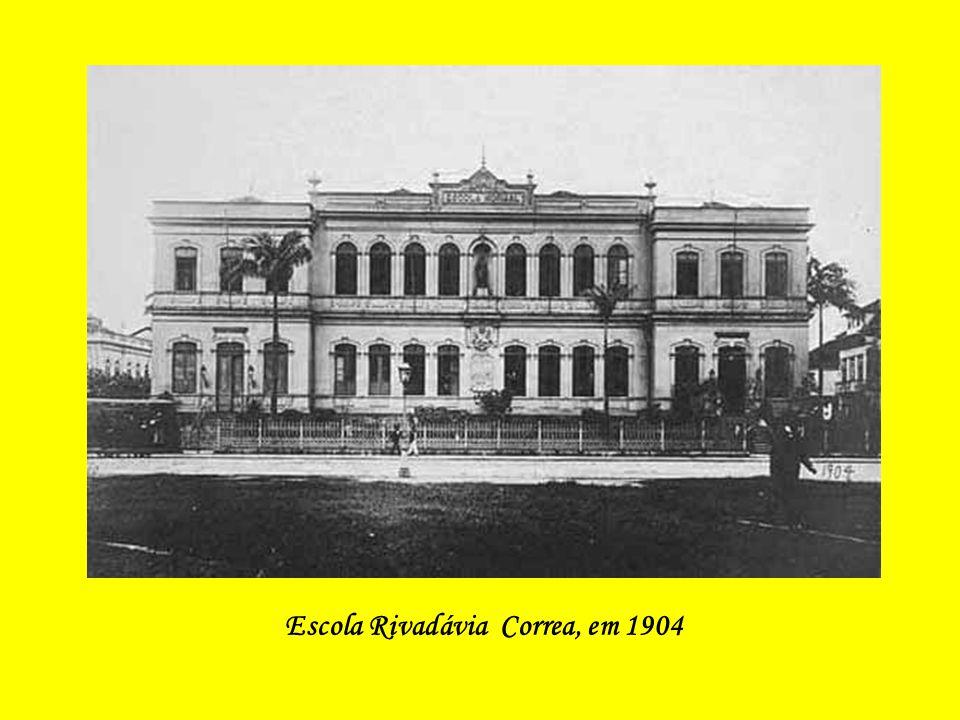 Escola Rivadávia Correa, em 1904