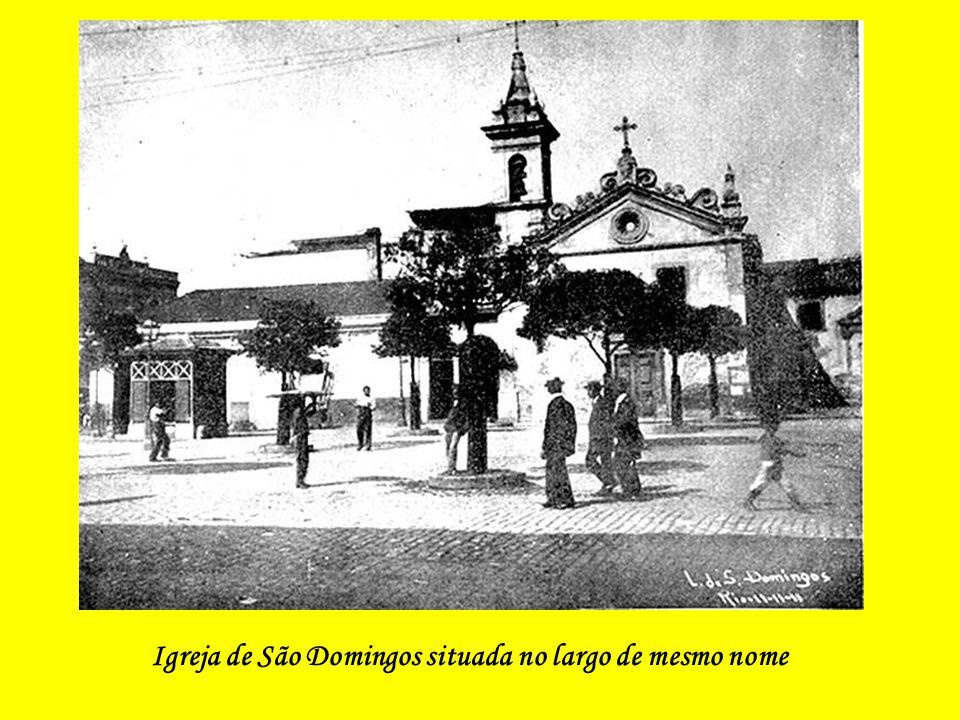 Igreja de São Domingos situada no largo de mesmo nome