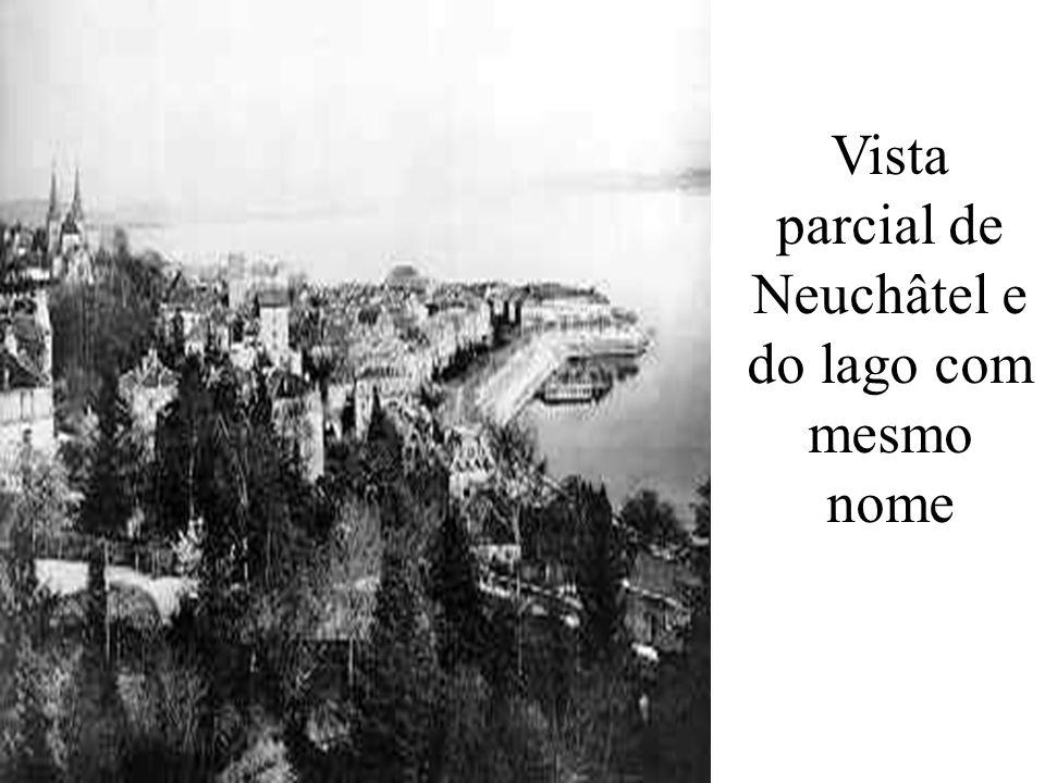 Vista parcial de Neuchâtel e do lago com mesmo nome