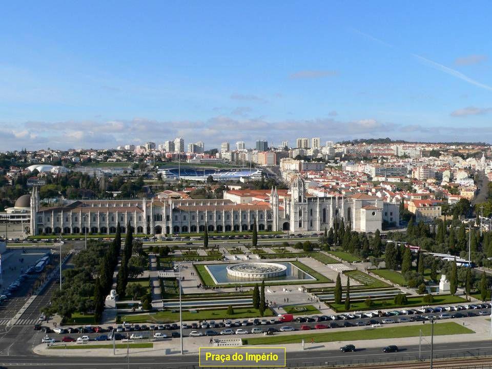 www.vitanoblepowerpoints.net Praça do Império